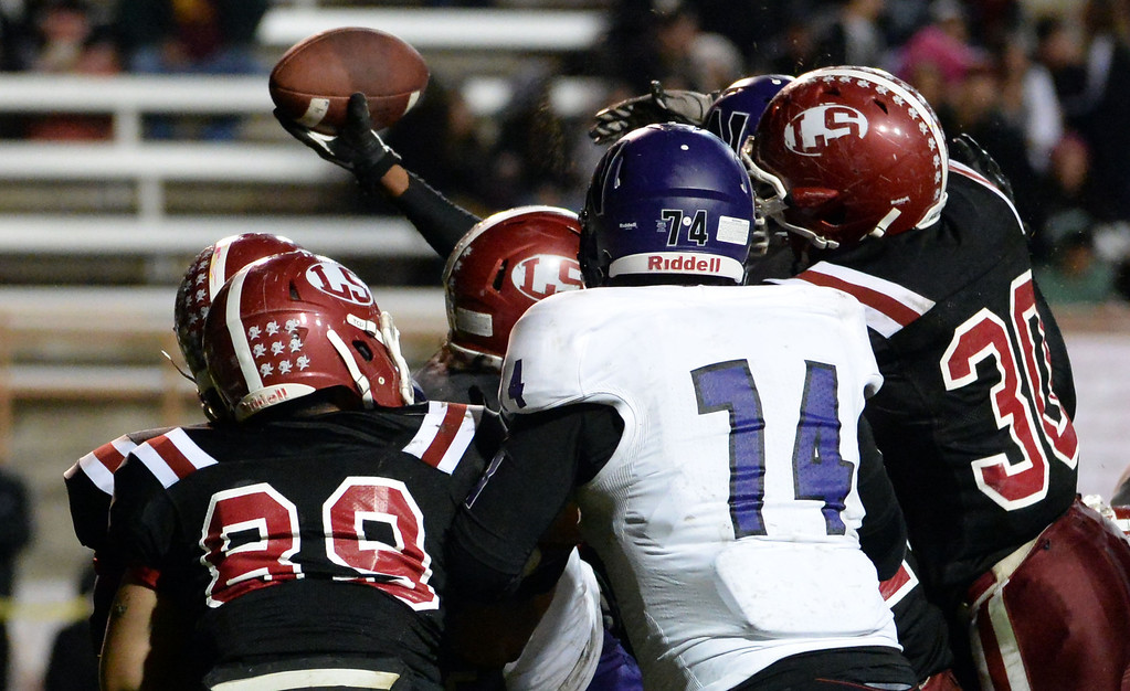 Description of . Norwalk's Rashaad Penny scores a touchdown against La Serna in the first half of a CIF-SS Southeast Division championship football game at Cal State Fullerton stadium in Fullerton, Calif., on Saturday, Dec. 7, 2013.   (Keith Birmingham Pasadena Star-News)