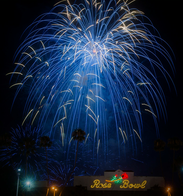 Description of . In celebration of Independence Day more than a ton of explosives are used in Americafest's annual fireworks show at the Rose Bowl in Pasadena Friday night, July 4, 2014. (Photo by Sarah Reingewirtz/Pasadena Star-News)