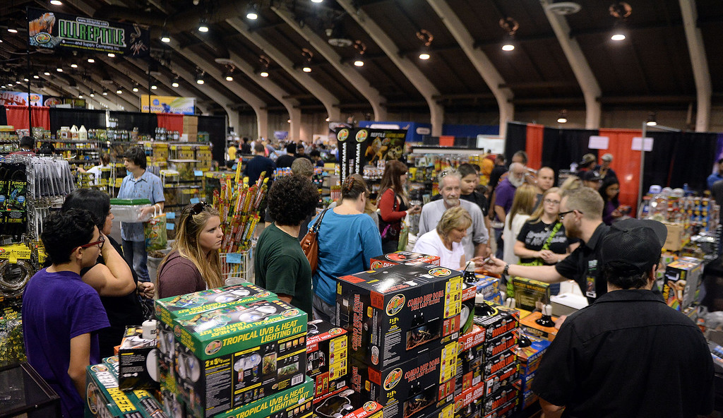 Description of . Hundreds of people shop during the Reptile Super Show which is the world's largest reptile show with more than 500 tables of rare & unique animals including lizards, turtles, frogs, supplies at the Fairplex in Pomona, Calif., on Saturday, Jan.4, 2014.   (Keith Birmingham Pasadena Star-News)