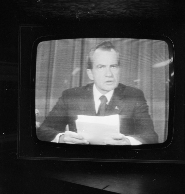 Description of . 8th August 1974:  American president Richard Nixon (1913 - 1994) announces his resignation on national television, following the Watergate scandal.  (Photo by Pierre Manevy/Express/Getty Images)