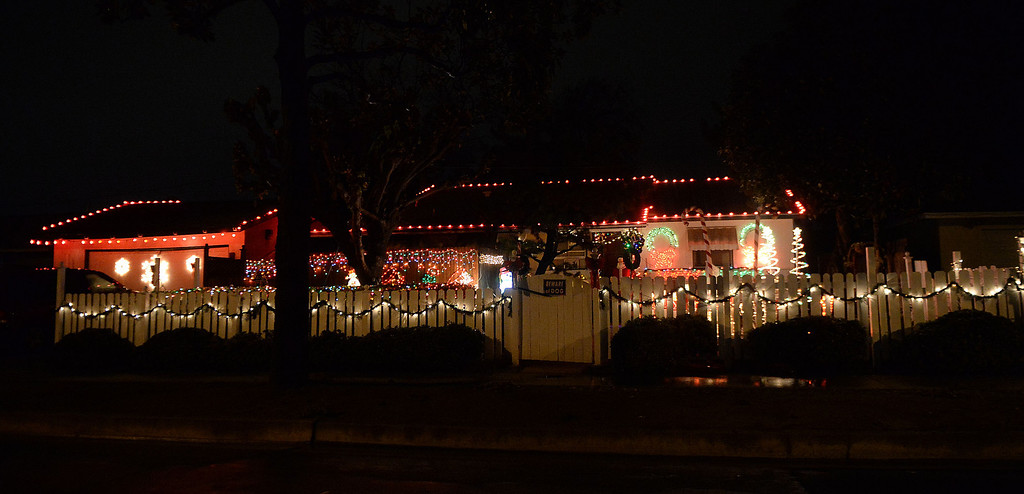Description of . A home is decorated with holiday lights along Cypress St and Larkin Dr in Covina, Calif., on Thursday, Dec. 19, 2013.     (Keith Birmingham Pasadena Star-News)