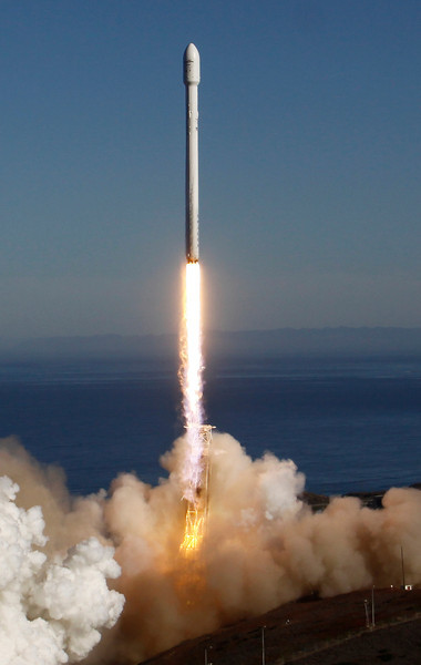 0930_NWS_LDN-SPACEX-LAUNCH.5.JPG