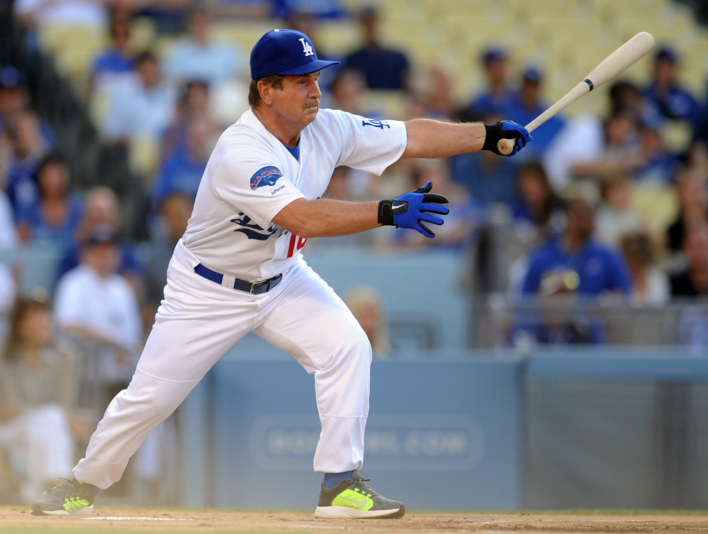 Description of . Former Los Angeles Dodgers Ron Cey during the Old-Timers game prior to a baseball game between the Atlanta Braves and the Los Angeles Dodgers on Saturday, June 8, 2013 in Los Angeles.   (Keith Birmingham/Pasadena Star-News)