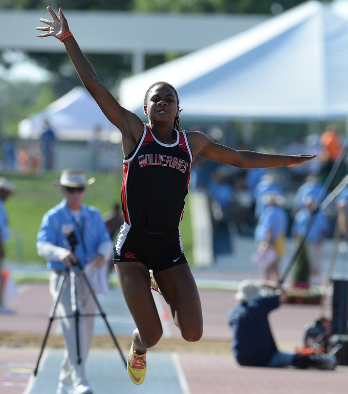Description of . Harvard Westlake's Courtney Corrin competes in the during the CIF California State Track & Field Championships at Veteran's Memorial Stadium on the campus of Buchanan High School in Clovis, Calif., on Saturday, June 7, 2014.   (Keith Birmingham/Pasadena Star-News)