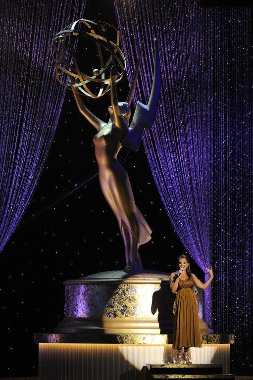 Description of . Vanessa Williams performs at the Daytime Emmy Awards on Sunday Aug. 30, 2009,in Los Angeles. (AP Photo/Chris Pizzello)