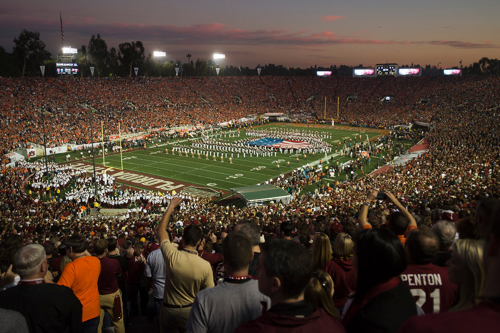 Description of . Over 90,000 football fans filled up the stadium during the BCS National Championship game at the Rose Bowl in Pasadena Calif. on Monday, Jan. 6, 2014. (Watchara Phomicinda/ Pasadena Star-News)