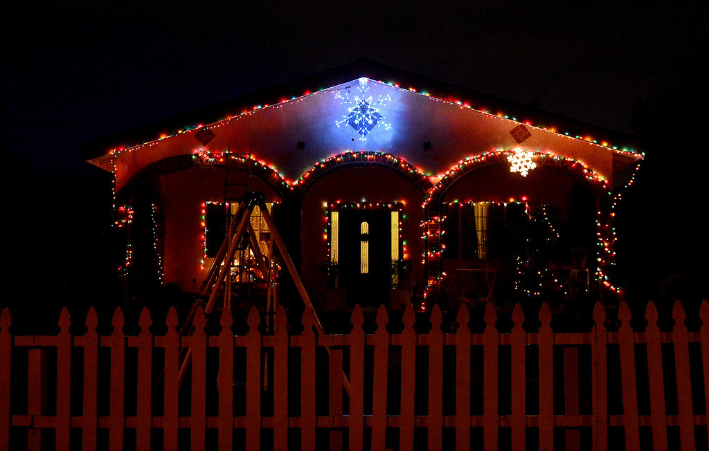 Description of . A house is lit up for the holidays on the 600 block of East Rio Grande in Pasadena Thursday night, December 19, 2013. (Photo by Sarah Reingewirtz/Pasadena Star-News)