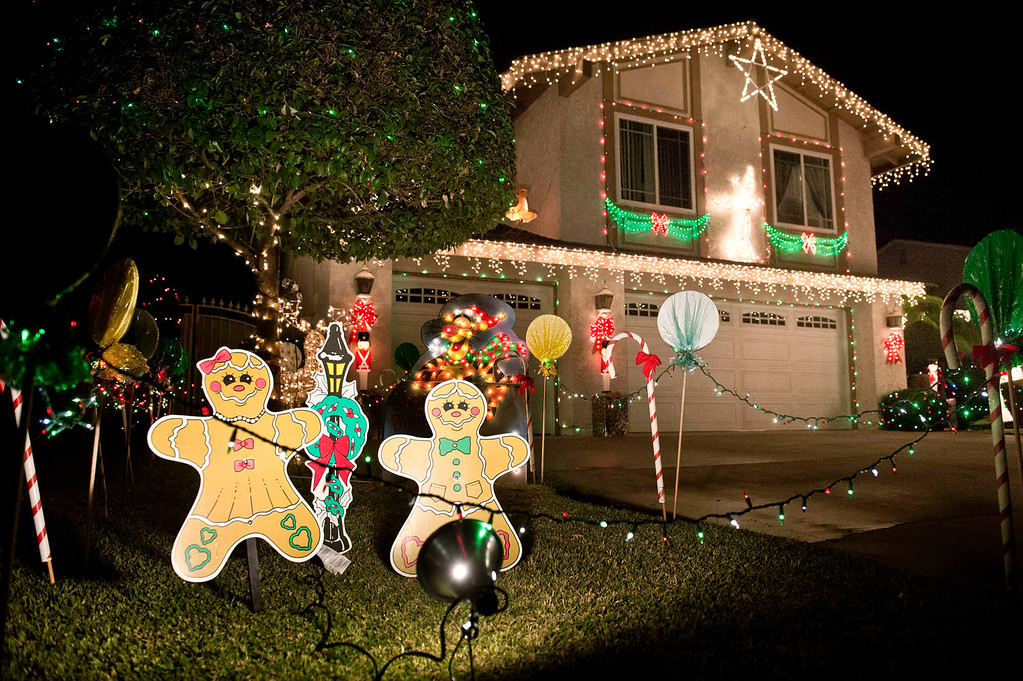 Description of . Holiday lights in the 100 block of East Payson Street in Glendora on Thursday, Dec. 19, 2013. (Staff photo by Watchara Phomicinda)