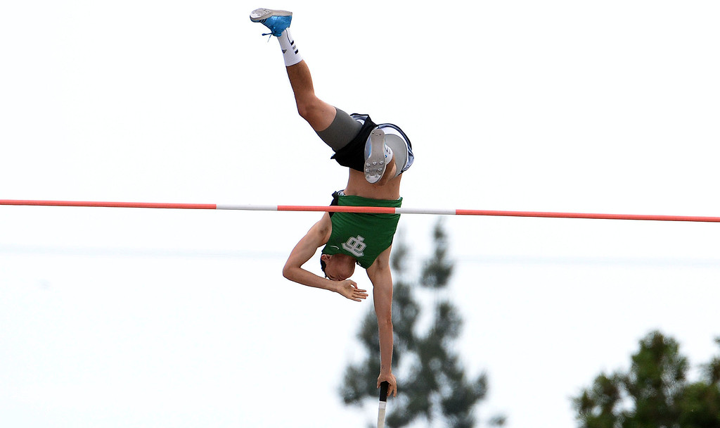 Description of . Thousand Oak's Luigi Colella jumps at 17-00.75 and wins the division 2 pole vault  during the CIF Southern Section track and final Championships at Cerritos College in Norwalk, Calif., on Saturday, May 24, 2014. 
