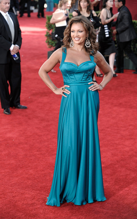 Description of . Vanessa Williams arrives at the 61st Primetime Emmy Awards on Sunday, Sept. 20, 2009, in Los Angeles. (AP Photo/Chris Pizzello)