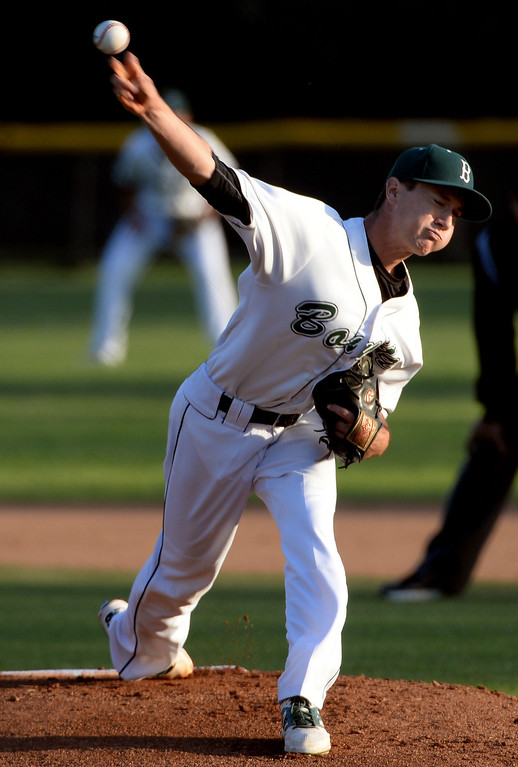 Description of . Bonita starting pitcher Joe Willard throws to the plate against San Dimas in the first inning of a prep baseball game at Bonita High School in La Verne, Calif., on Wednesday, March 19, 2014.  (Keith Birmingham Pasadena Star-News)