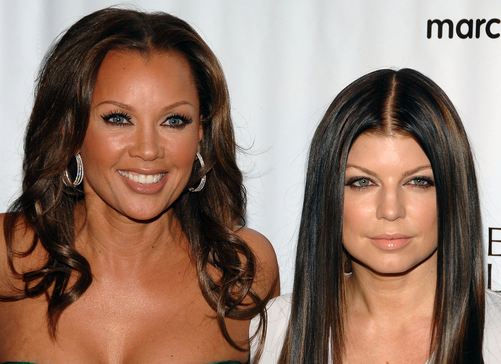 Description of . Actress Vanessa Williams, left, and singer Fergie attend the 34th annual March of Dimes Beauty Ball, in New York, on Thursday, March. 12, 2009.  (AP Photo/Peter Kramer)