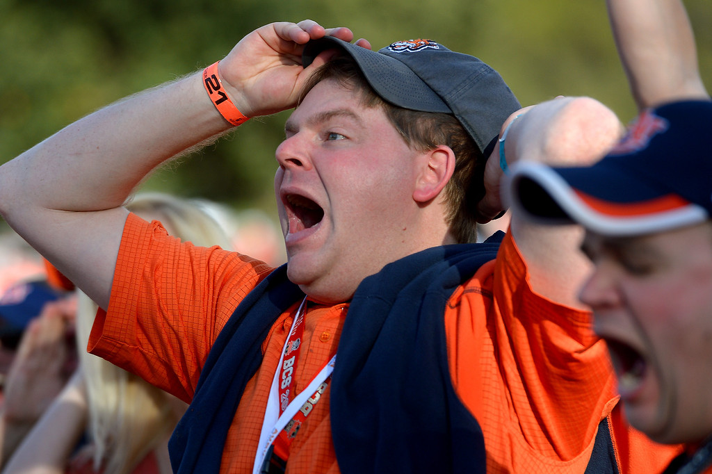 Description of . Matt Buchanan has fun at an alumni party before the BCS game at the Rose Bowl, Monday, January 6, 2014. (Photo by Michael Owen Baker/L.A. Daily News)