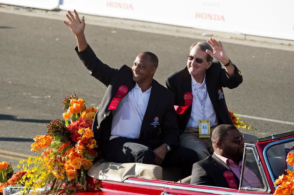 Description of . Rose Bowl Game Hall of Fame Inductees during 2014 Rose Parade in Pasadena, Calif. on January 1, 2014. (Staff photo by Leo Jarzomb/ Pasadena Star-News)