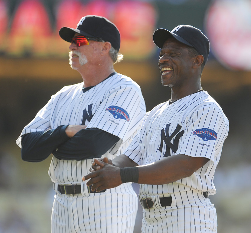 Description of . Former New York Yankees Goose Gossage, left, with Ricky Henderson during the Old-Timers game prior to a baseball game between the Atlanta Braves and the Los Angeles Dodgers on Saturday, June 8, 2013 in Los Angeles.   (Keith Birmingham/Pasadena Star-News)
