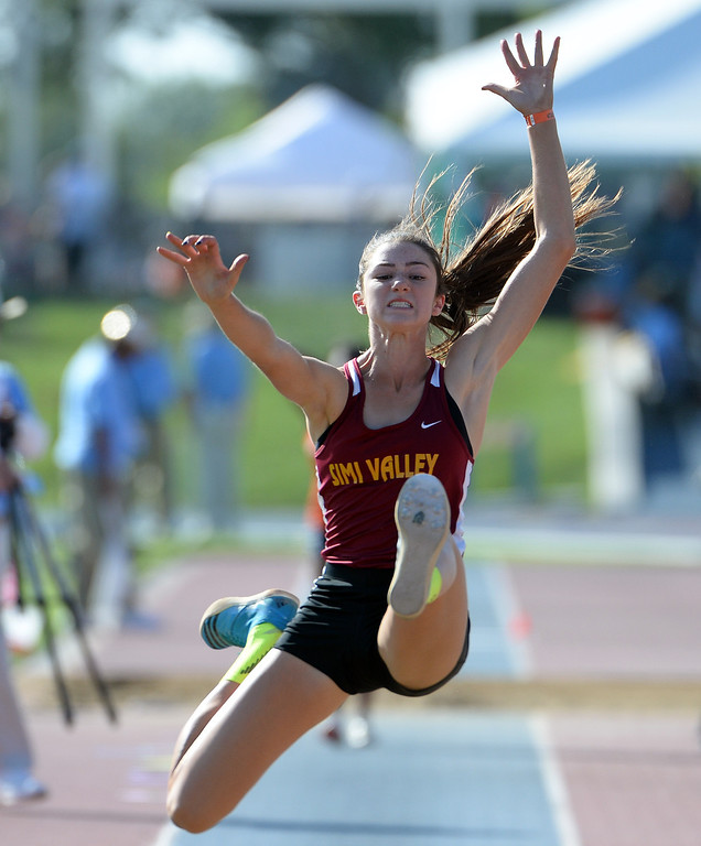 Description of . Simi Valley's Madisen Richards competes in the during the CIF California State Track & Field Championships at Veteran's Memorial Stadium on the campus of Buchanan High School in Clovis, Calif., on Saturday, June 7, 2014.   (Keith Birmingham/Pasadena Star-News)