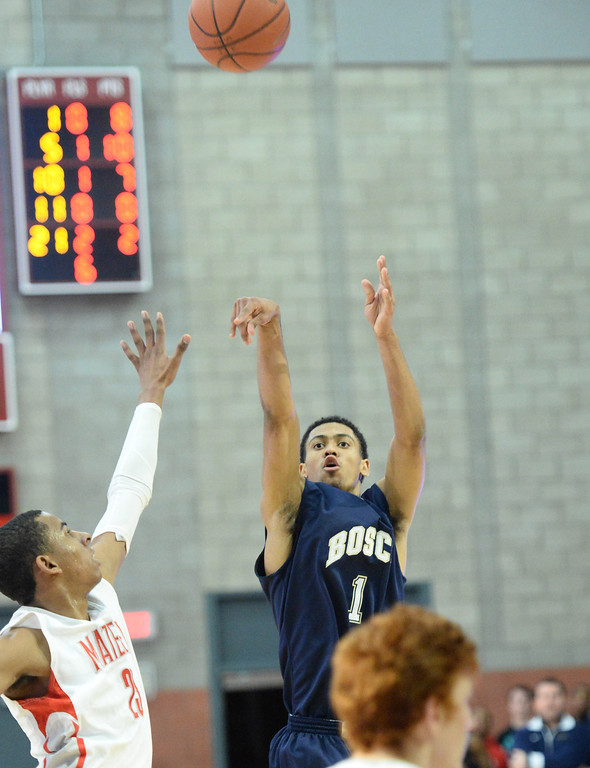 . St. John Bosco\'s Tyler Dorsey shoots three pointer in a Trinity League boy\'s basketball game at Mater Dei High School in Santa Ana, CA. on Wednesday, January 15, 2014. (Photo by Sean Hiller/ Daily Breeze).