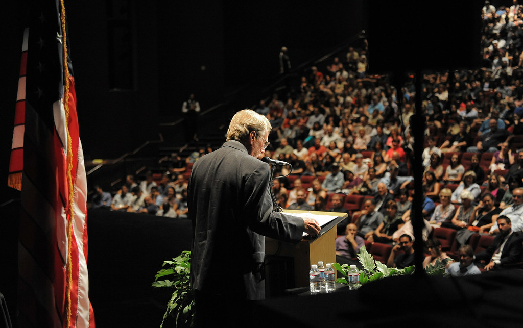 . CSULB Provost David Dowell welcomes attendees to the 2014 Convocation at the Carpenter Performing Arts Center on campus.  (Aug. 22 2014 Photo by Brad Graverson/The Press Telegram)