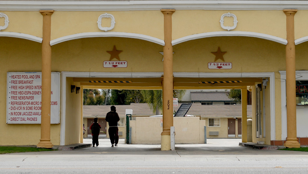 . The Colonial Motel on Pacific Coast Highway in Long Beach CA Wednesday October 2, 2013. (Photo by Thomas R. Cordova/ Daily Breeze)