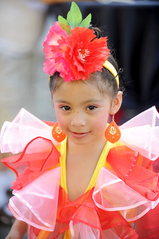 . Arlyn Gonzalez ,4, gets ready to perform at the 5th Annual Latin American Festival on North Pine in Long Beach, CA. on September 7, 2013.(Photo by Sean Hiller/Press Telegram)