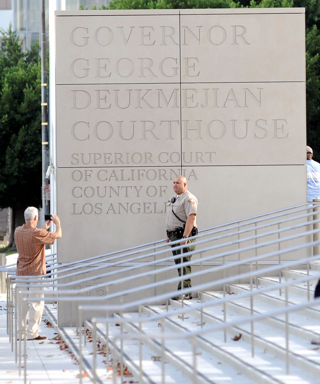 . Long Beach, Calif., -- 09-09-13- Opening day for the new Governor George Deukmejian Courthouse in Long Beach.      Stephen Carr/  Press-Telegram