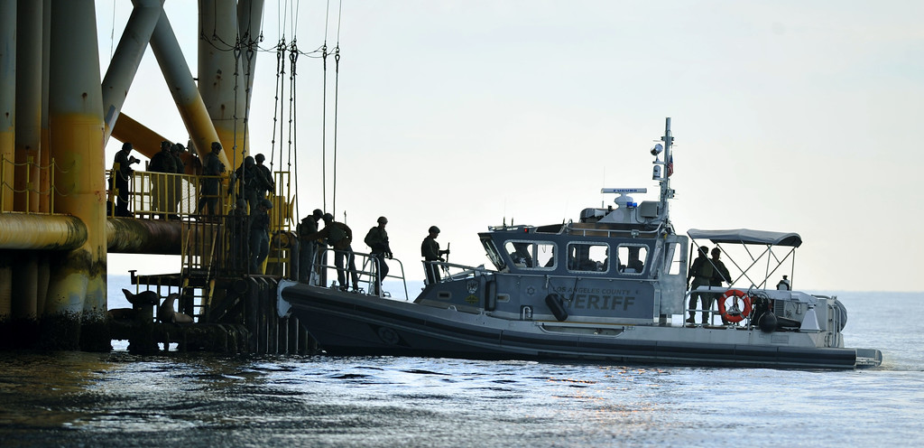 . The Los Angeles County Sheriff�s Department homeland security training drill comes to an end at oil platform Eureka, off the coast between Catalina and Long Beach on Tuesday, November 26, 2013. (Photo by Sean Hiller/ Daily Breeze).