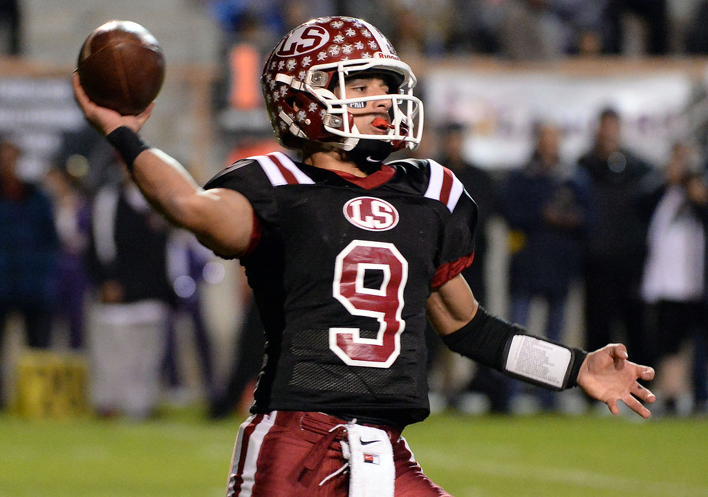 . La Serna quarterback Frankie Palmer (9) passes against Norwalk in the first half of a CIF-SS Southeast Division championship football game at Cal State Fullerton stadium in Fullerton, Calif., on Saturday, Dec. 7, 2013. 
