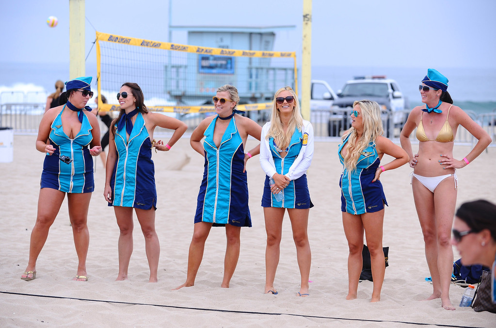 . The Mile High Team. Manhattan Beach Charlie Saikley 6-man beach volleyball tournament.   Photo by Brad Graverson 7-31-13
