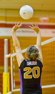 Brahmas' Eyanna Shubin (20) sets the ball during a first round CIF Playoff volleyball match between the Arcadia High School Apaches and the visiting Diamond Bar Brahmas in Arcadia, CA on November 10, 2009.  (STAR/TRIB/Correspondent photo by David Thomas/SPORTS)