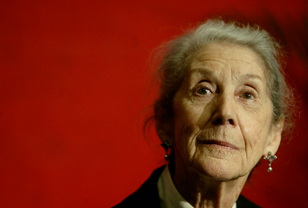 PHOTOS: Nadine Gordimer, Nobel laureate and anti-apartheid activist, dies at 90