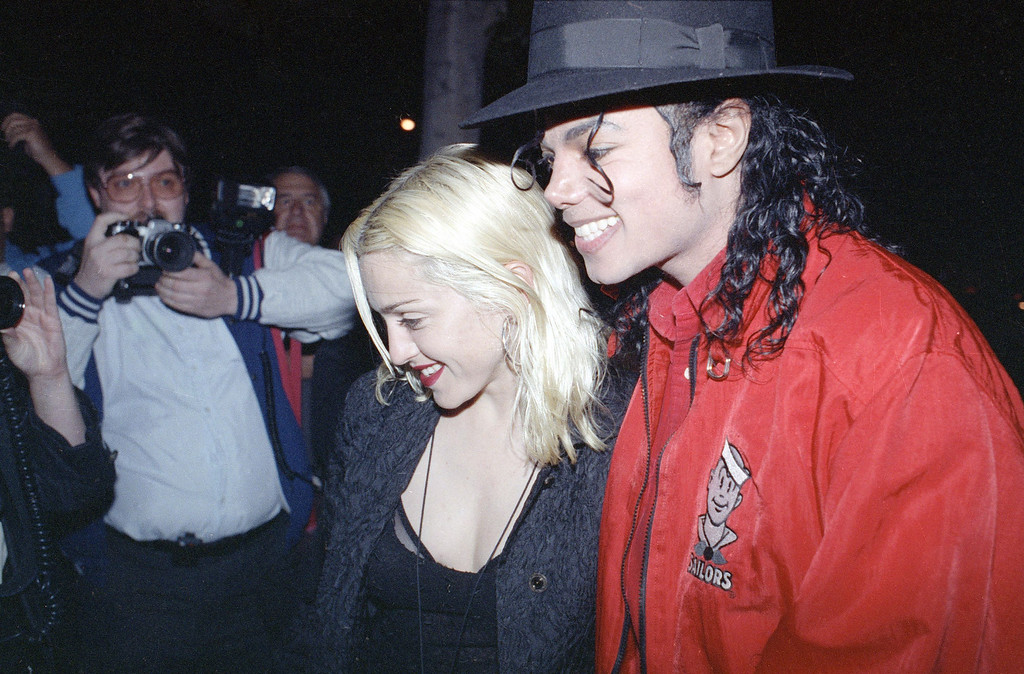 . Pop superstars Madonna and Michael Jackson went out for dinner together at a restaurant in Los Angeles Tuesday night, April 10, 1991. (AP Photo/Kevork Djansezian)