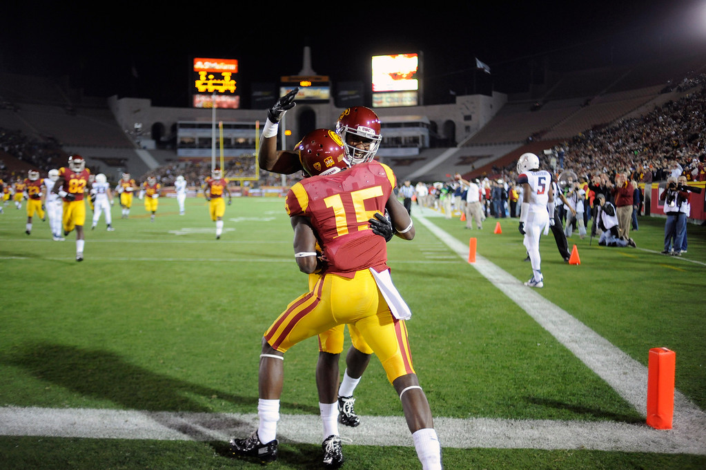 . USC\'s  Nelson Agholor #15 celebrates a first quarter touchdown reception during their game against Arizona at the Los Angeles Memorial Coliseum Thursday, October 10, 2013. (Photo by Hans Gutknecht/Los Angeles Daily News)