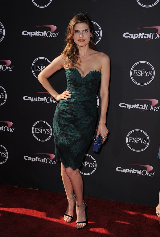 . Actress Lake Bell arrives at the ESPY Awards on Wednesday, July 17, 2013, aNokia Theater in Los Angeles. (Photo by Jordan Strauss/Invision/AP)