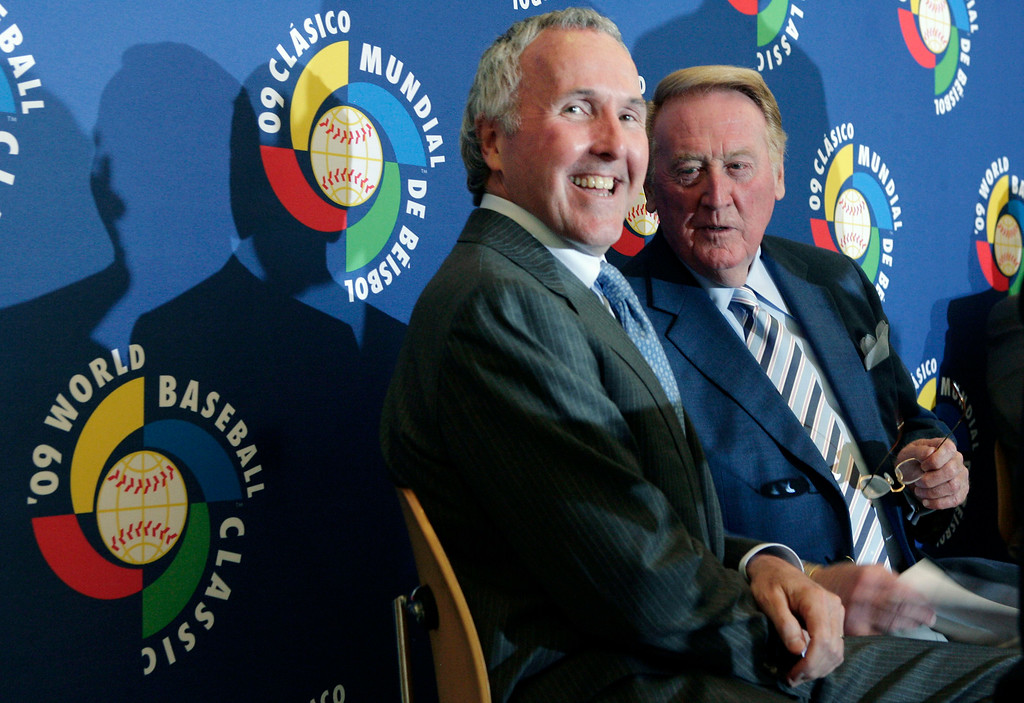 . Los Angeles Dodgers owner Frank McCourt, left, and broadcaster Vin Scully attend a news conference Thursday, July 31, 2008, in Los Angeles, to announce Dodger Stadium will host the semifinals and finals of the 2009 World Baseball Classic. (AP Photo/Ric Francis)