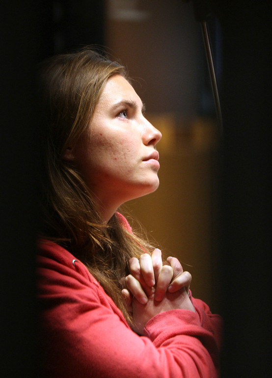 . U.S. murder suspect Amanda Knox looks on during a hearing at Perugia\'s court, Italy, Saturday, Nov. 21, 2009. (AP Photo/Alessandra Tarantino)