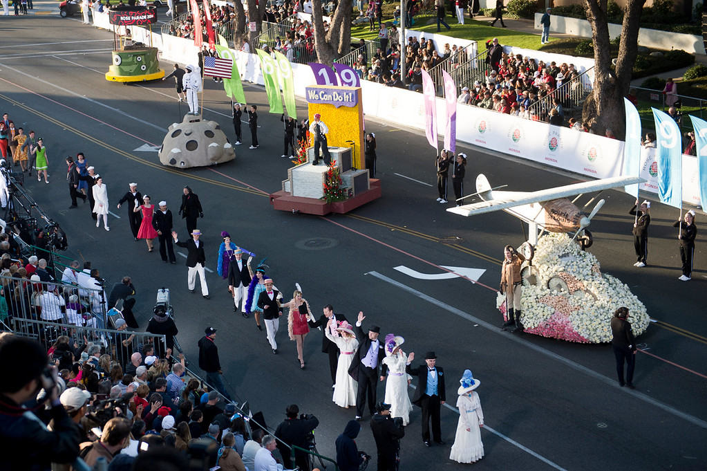 . Wells Fargo\'s Opening Show during 2014 Rose Parade in Pasadena, Calif. on January 1, 2014. (Staff photo by Leo Jarzomb/ Pasadena Star-News)