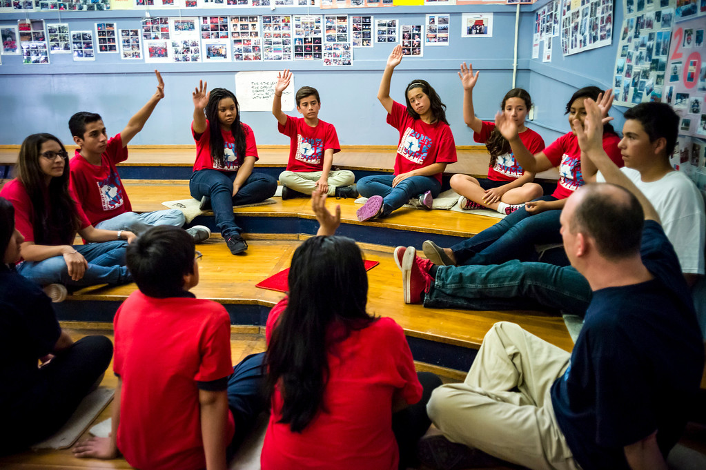 . Sun Valley Middle school teacher Stephen Franklin teaches his leadership class in Sun Valley, CA Tuesday, September 10, 2013.    (Photo by David Crane/Los Angeles Daily News)