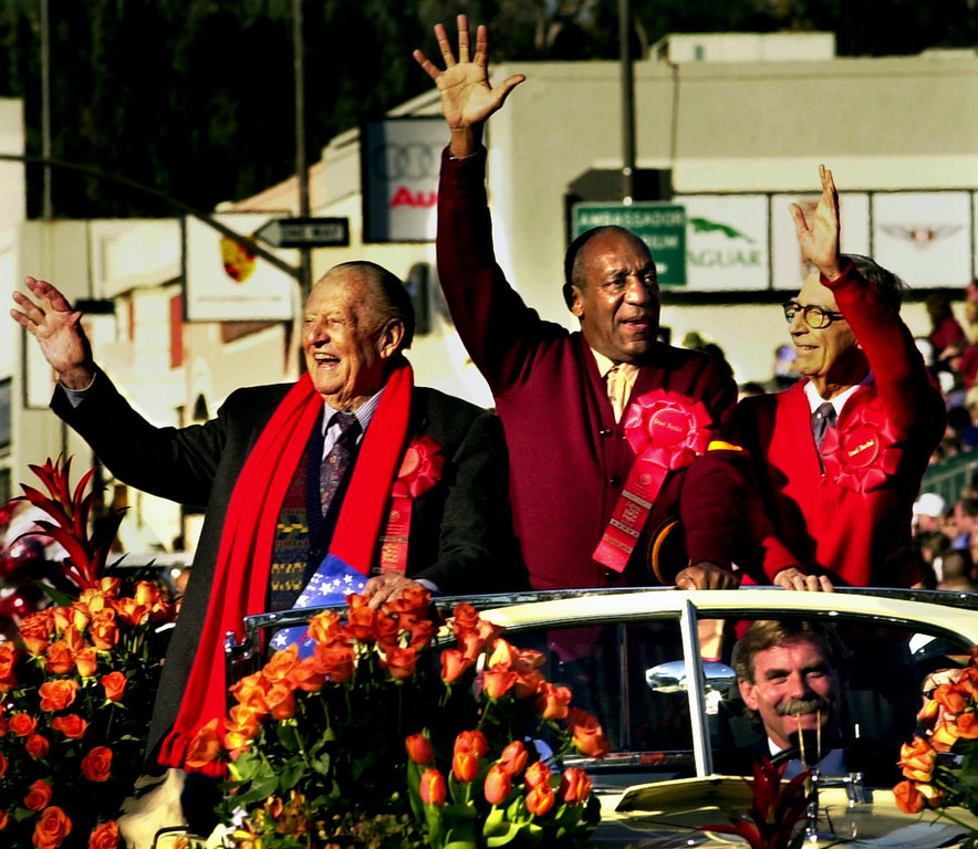 . ART LINKLETTER, BILL COSBY AND FRED RODGERS, Grand Marshals of 2003 Rose Parade. (photo by Walt Mancini/Pasadena Star News)