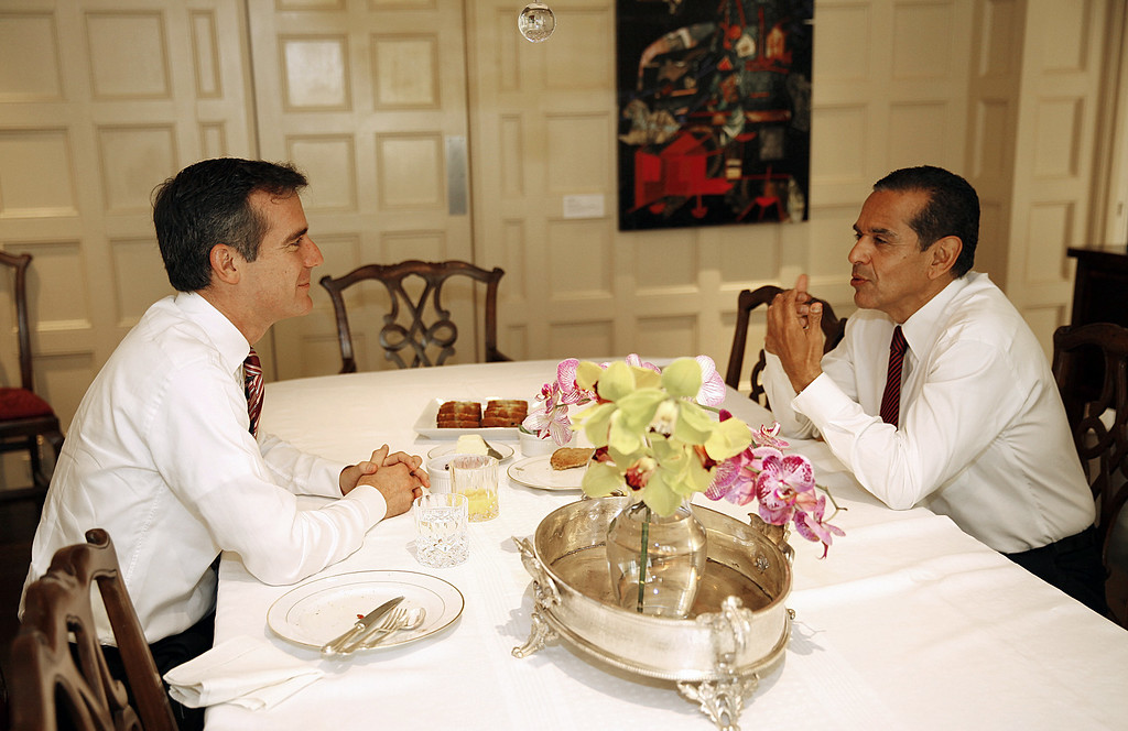 . Los Angeles Mayor Antonio Villaraigosa (L) and mayor-elect Eric Garcetti meet over breakfast to talk about their transition at Getty House, the official residence of the mayor in Los Angeles, on May 23, 2013.  (AL SEIB/AFP/Getty Images)