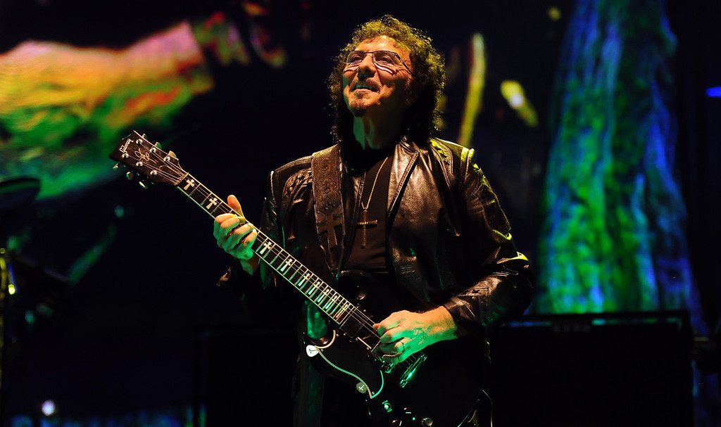 . Black Sabbath guitarist Tony Lommi performs at the Verizon Wireless Amphitheatre on Wednesday, Aug. 28, 2013 in Irvine, Calif.   (Keith Birmingham/Pasadena Star-News)