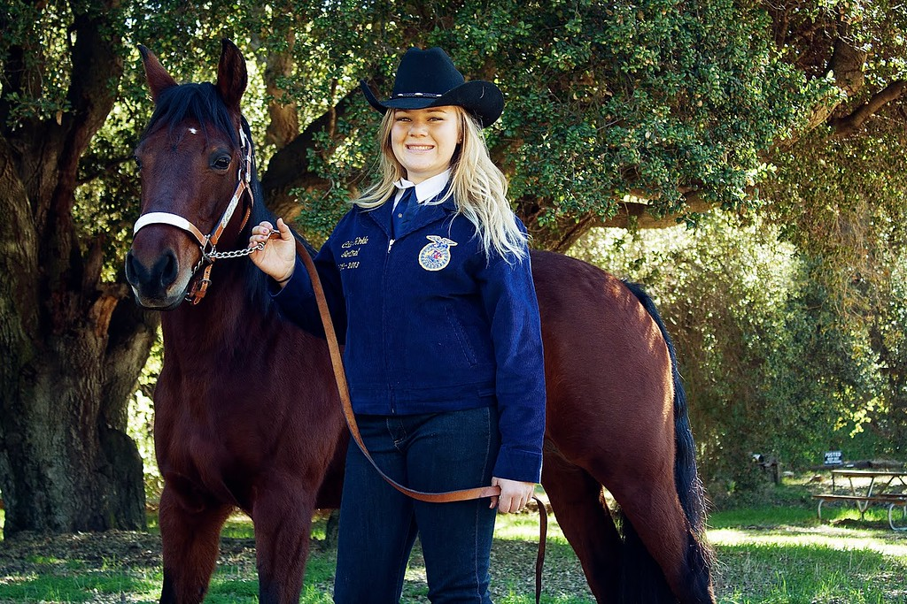. <b>Name: </b>Calle Hinkle