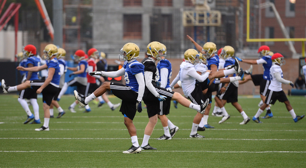 . UCLA football spring practice at Spaulding Field.  (Apr.16, 2014 Photo by Brad Graverson/The Daily Breeze)