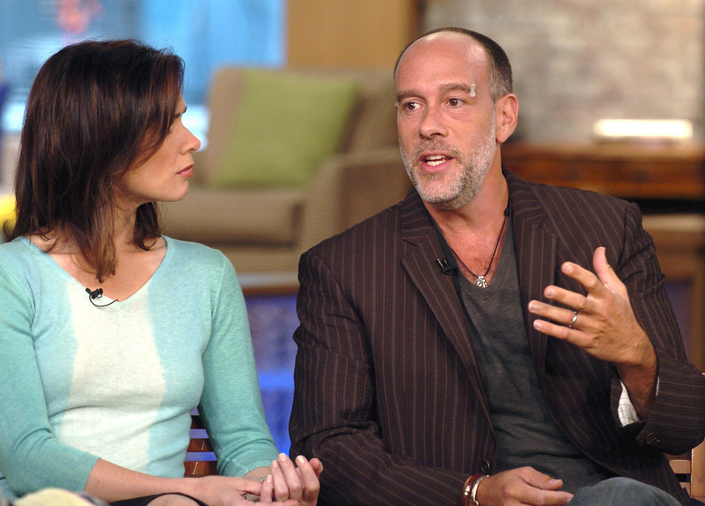 ". This photo supplied by ABC shows Grammy-winning singer-songwriter Marc Cohn,  right, who survived being shot in the head during what police say was an attempted carjacking in Denver on Aug.7 , being interviewed by ABC News\' Elizabeth Vargas, on ABC\'s ""Good Morning America,\"" Friday Aug. 19 2005. Cohn is married to Vargas.   (AP Photo/ABC, Ida Mae Astute )"
