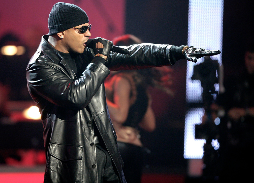 ". LL Cool J performs during ""Movies Rock: A Celebration of Music in Film,\"" at the Kodak Theater in Los Angeles, Sunday, Dec. 2, 2007.  (AP Photo/ Matt Sayles)"