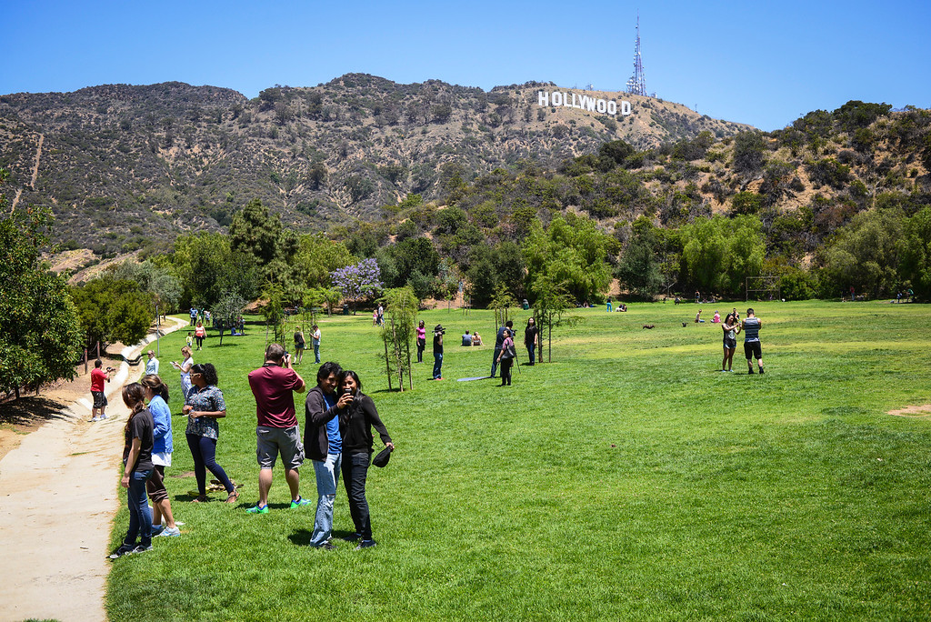 . Swarms of people turned out at Lake Hollywood Park Sunday morning, June 1, 2014 to look for hidden cash.   The Hidden cash has been turning up for the last couple of days around Los Angeles.  According to the @hiddencash twitter there will be one more drop in LA Sunday.  ( Photo by David Crane/Los Angeles Daily News )