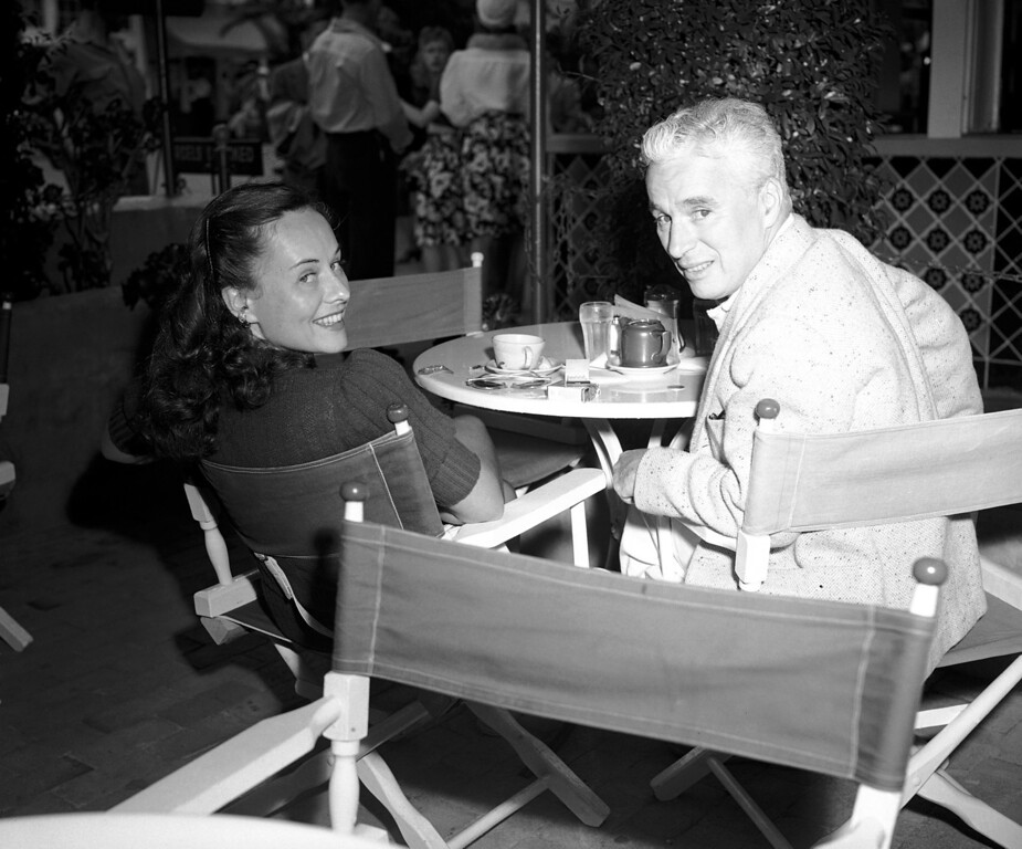 . Enjoying a cup of tea during their vacation at Santa Catalina Island, Calif., on June 29, 1941 are Charlie Chaplin and Paulette Goddard of the films, in private life Mr. and Mrs. Chaplin. (AP Photo)