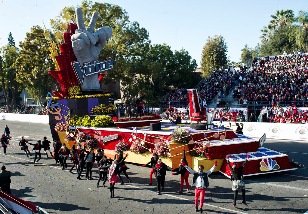 ". NBC\'s ""The Voice\"", \""Singing the Dream\"" float during 2014 Rose Parade in Pasadena, Calif. on January 1, 2014. (Staff photo by Leo Jarzomb/ Pasadena Star-News)"
