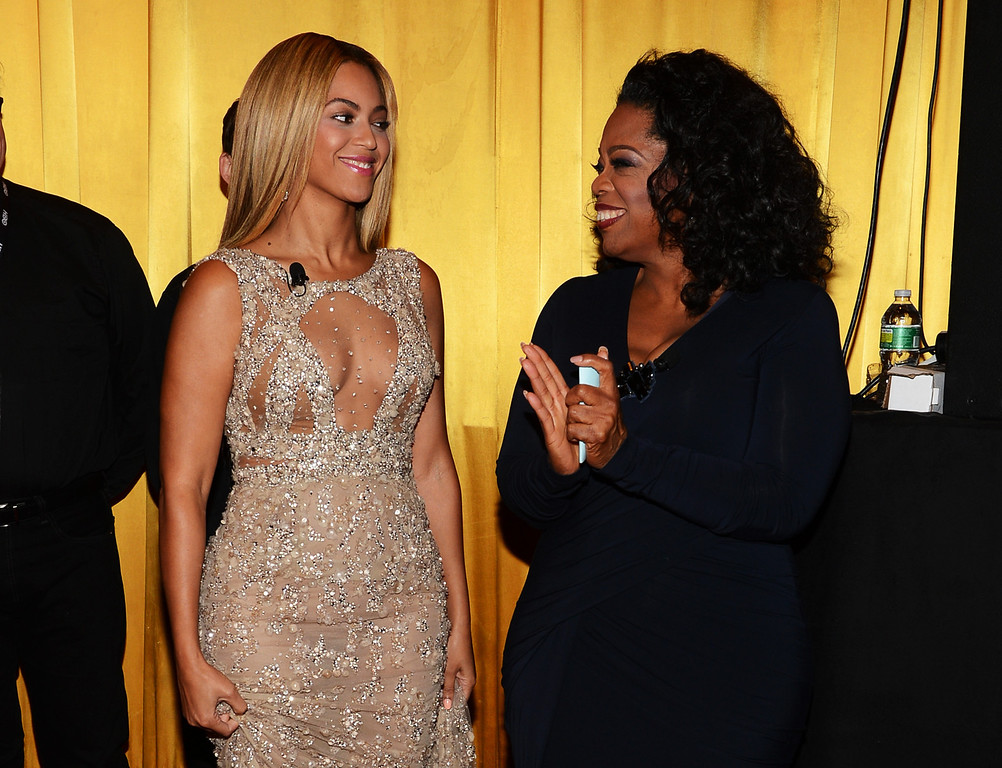 """. Beyonce and Oprah Winfrey attend the HBO Documentary Film \""""Beyonce: Life Is But A Dream\"""" New York Premiere at the Ziegfeld Theater on February 12, 2013 in New York City.  (Photo by Larry Busacca/Getty Images for Parkwood Entertainment)"""