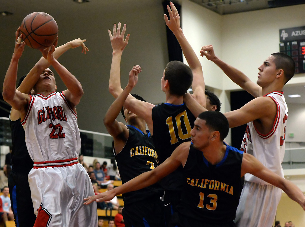 . in the first half of a prep basketball game during the SoCal Shootout in the Felix Event Center on the west campus of Azusa Pacific University in Azusa, Calif., on Saturday, Jan. 18, 2014. (Keith Birmingham Pasadena Star-News)