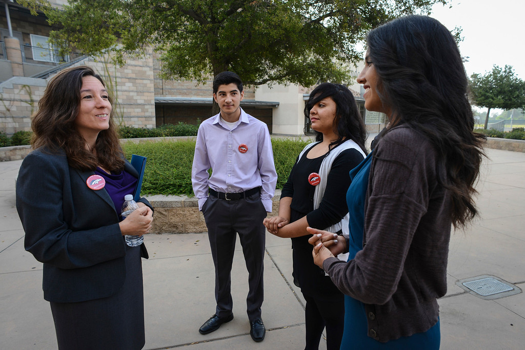 . Arleta high students, from left, David Vargas, 17, Magdelena Sanchez, 17, and Brianna Hernandez, 17, talk with newly elected LAUSD school board member Monica Ratliff, left, during a tour of Arleta high. Tuesday is the first day of school for the Los Angeles Unified School District. Photo by David Crane/Los Angeles Daily News
